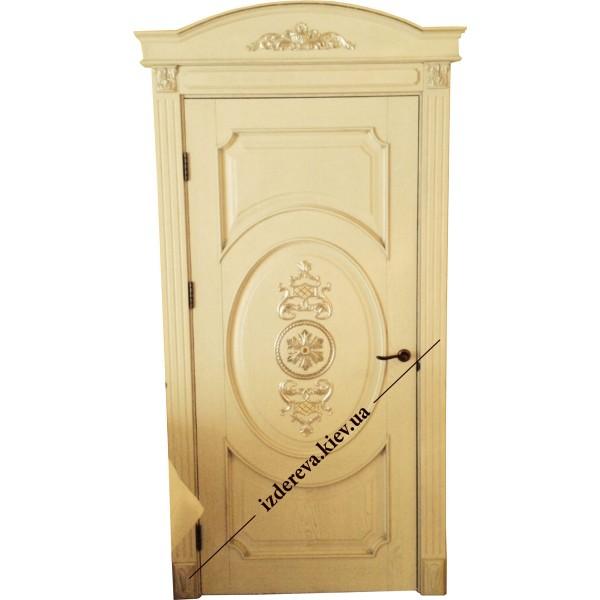 Купить двери из дерева для частного дома
